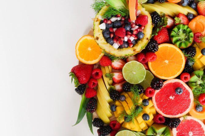 Yaz Aylarında Beslenmemizde Nelere Dikkat Etmeliyiz?